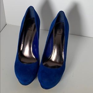 Bakers blue suede heels